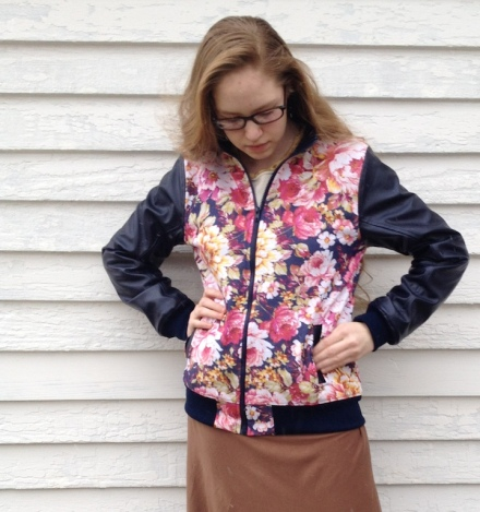 Bomber Jacket sewn by Skirt Fixation