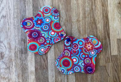 Cloth pads small